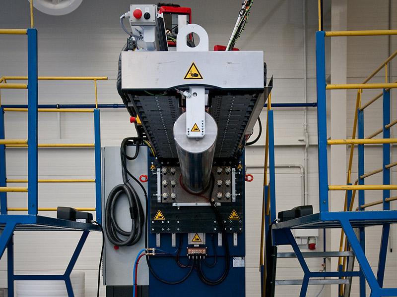 Automatic semi-automatic welding